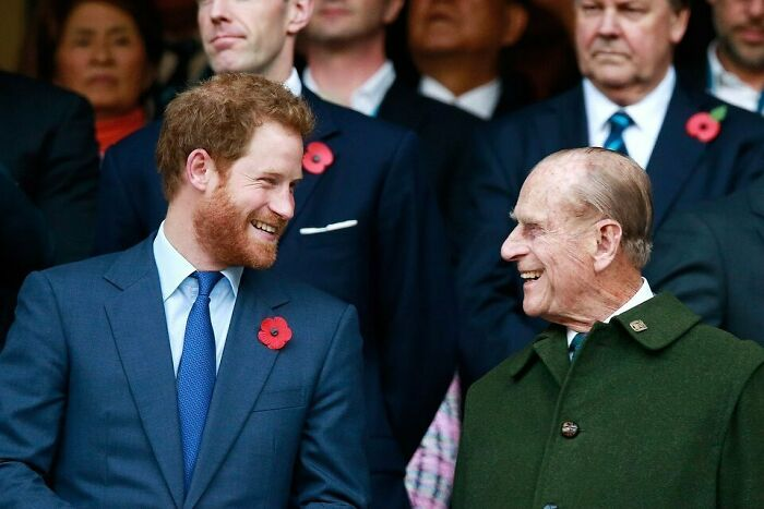 Harry And Meghan Did Call The Queen To Ask About Phillip After He Went To Hospital