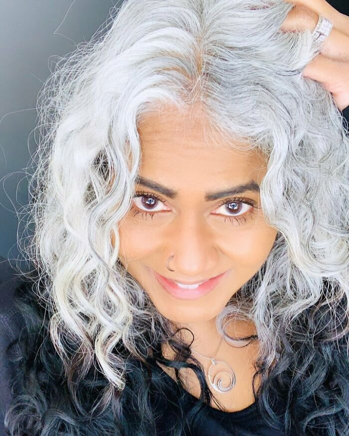 🖤🤍❤️ there Is Always Something More To Discover... look For, Find And Discover All The Beauty... in This World... in Others... in Life... in Yourself... 🌸dream🌸 🌸explore🌸 🌸learn 🌸 🌸grow🌸 🌸discover🌸 🖤🤍❤️ #silversisters #grombre #silverhair #naturalhair #beautyover40 #ditchthedye #freethesilver #naturalhighlights #agingwithattitude #unapologeticallyme #loveyourself #authenticself #innerstrength #empoweredwomen #freedom #greyisbeautiful #loveyourage #silverandfree #naruralwhitehair #silverhairdontcare #womenempowerment #inspiration #discover #exploreeverything #keepdreaming #keepgrowing #keeplearning #keepexploring #keepdiscovering #neverstop