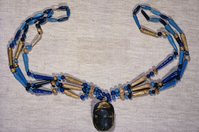 3 Row Necklace; Spherical Pearl; Fusiform Pearl; Club Pearl, End Of The 18th Dynasty; New Kingdom (Attribution According To Style) (-1550 - -1069)