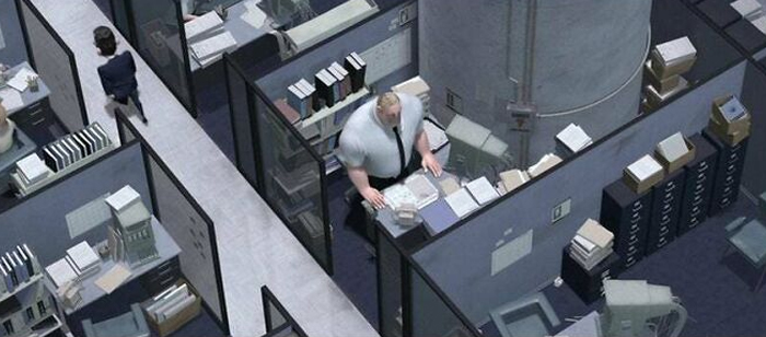Bob Par In The Incredibles (2004) Has Most Of His Cubicle Taken Up By A Pillar Which Is Why It's So Cramped, I Can't Believe I Never Noticed This Before
