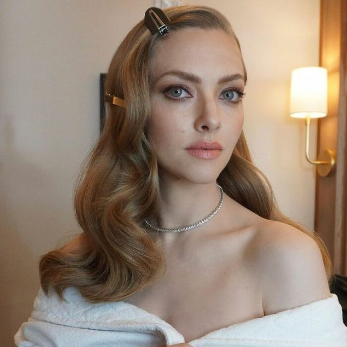 Amanda Seyfried Received 10% Less Than What Her Fellow Male Actor Got