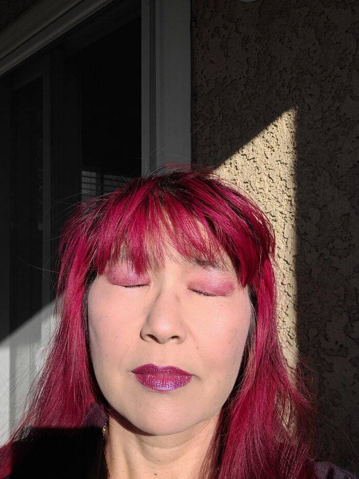 Only Way To See My Makeup Is Closing My Eyes, Being 50 Yo Korean