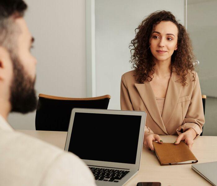 Women-Share-Creepy-Men-Boss-Insults-Workplace