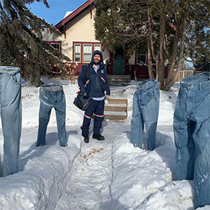 The 'Frozen Pants' Challenge Has People Freezing Their Pants And Other Clothing And Posing Them In The Snow (40 Pics)
