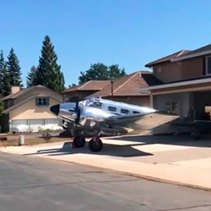 Viral Video Showcases Californian Neighborhood Designed For Pilots With Airplanes Parked In Front Of Homes