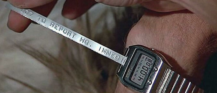 "James Bond Receives A ""Text"" Via His Smartwatch In The Spy Who Loved Me"