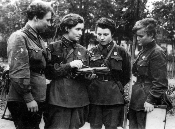 The Night Witches Of The 588th Night Bomber Regimen
