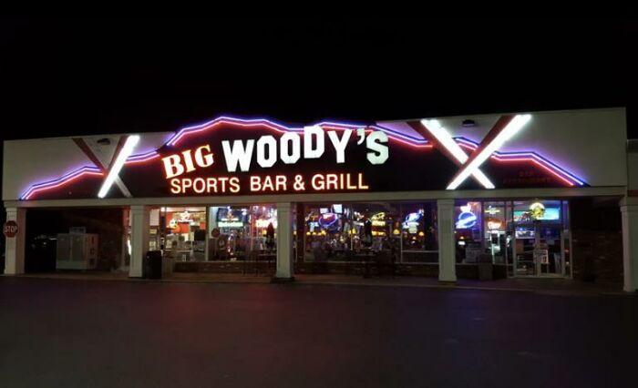 Big Woodys Sports Bar (Bethlehem, Pa)