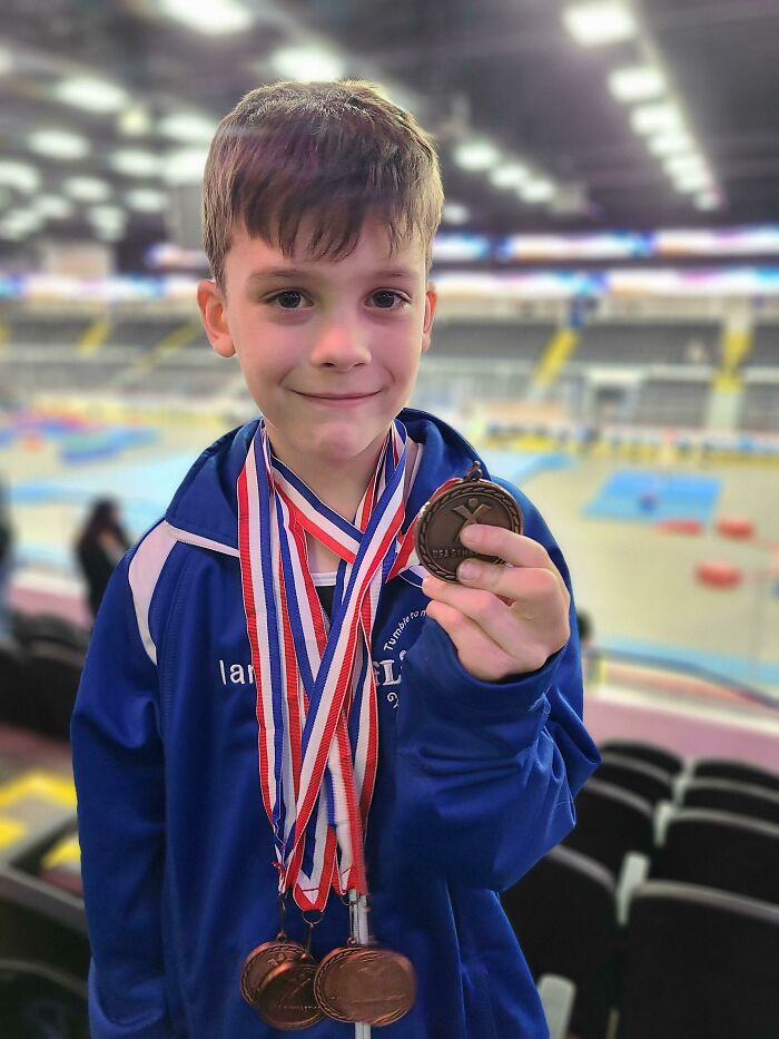 """My Son's Gymnastics Teammate Didn't Get Any Medals, So He Offered One Of His. """"But I Didn't Earn It"""", His Friend Said. My Son Replied """"You Earned It By Being My Best Friend"""""""
