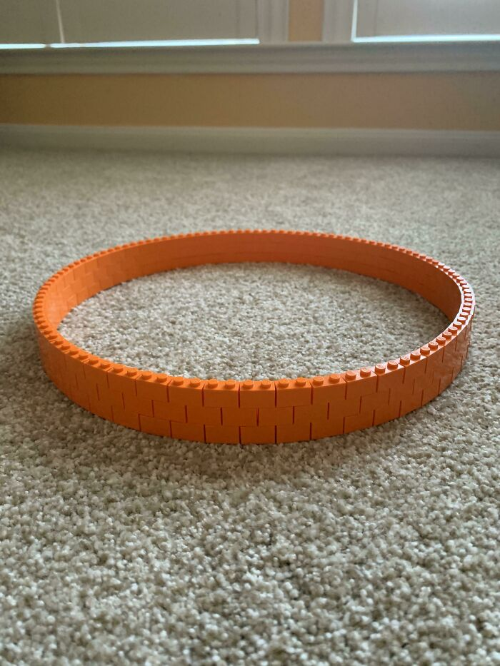 I Made A Circle Out Of LEGO Bricks