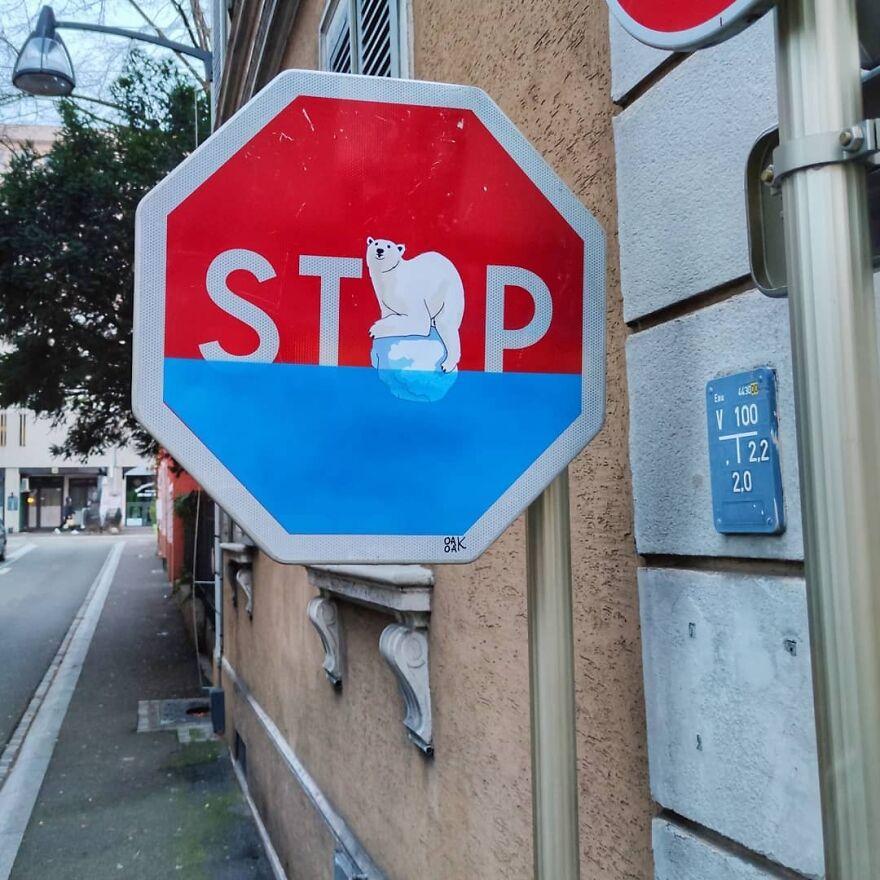 V2 Of The Stop Global Warming Traffic Sign In Mulhouse . #oakoak #streetart #climate #globalwarming #urbain #panneau #polarbear #ours #pollution #street #pochoir #stencilart #mulhouse #green #rechauffement