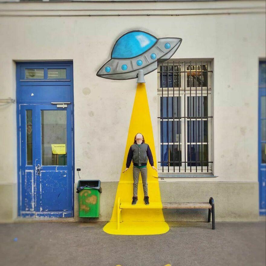 The UFO's Attack V2 #oakoak #placedesvosges #school #urbain #ufo #ovni #attack #yellow #soucoupevolante #enfants #kids #streetart #mtn94 #jaune #flyingsaucer #urbanintervention #banc #wallart #graff #funny #funnyart #pictureoftheday #school #paris #parisstreetart