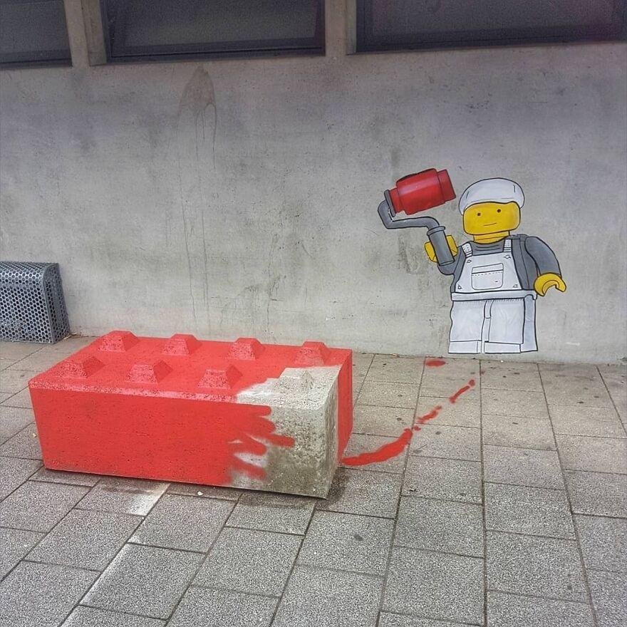 The Big LEGO Painter In Bethune For @festival_les_petits_bonheurs #oakoak #street #urban #urbanart #mtn94 #streetart #lego #big #painter #bethune