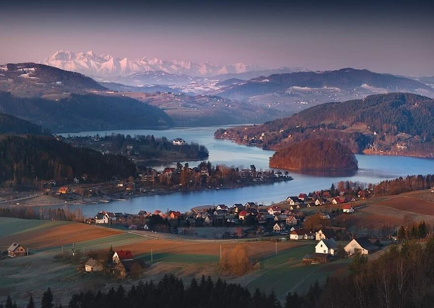 Lake Rożnowskie And Tatra Mountains