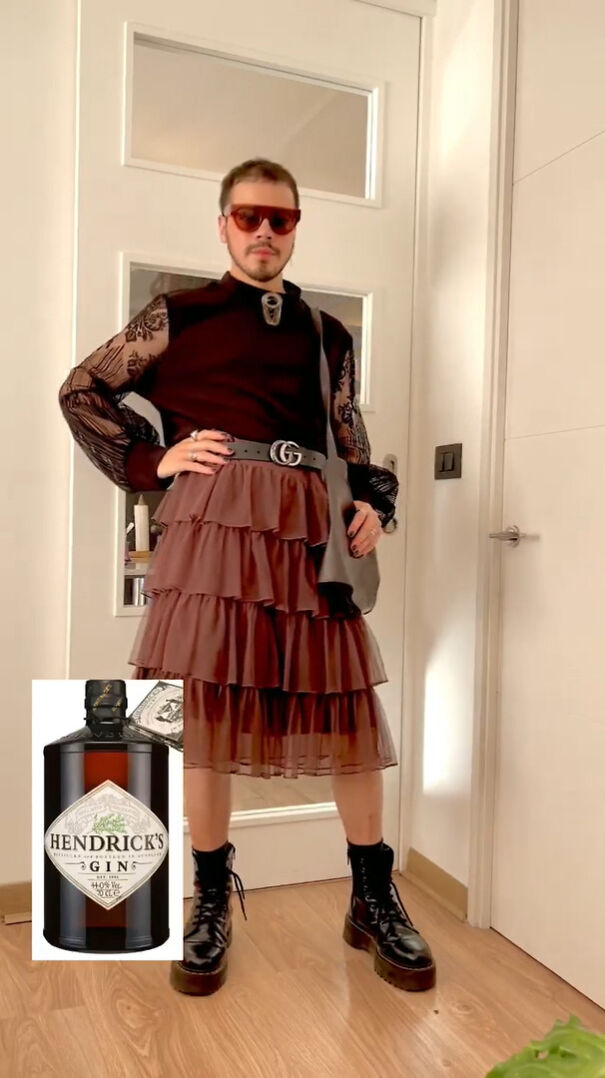 Fashion-Outfits-Inspired-By-Household-Items-Cleaning-Products-Felipe-Cavieres-Felicavieresv