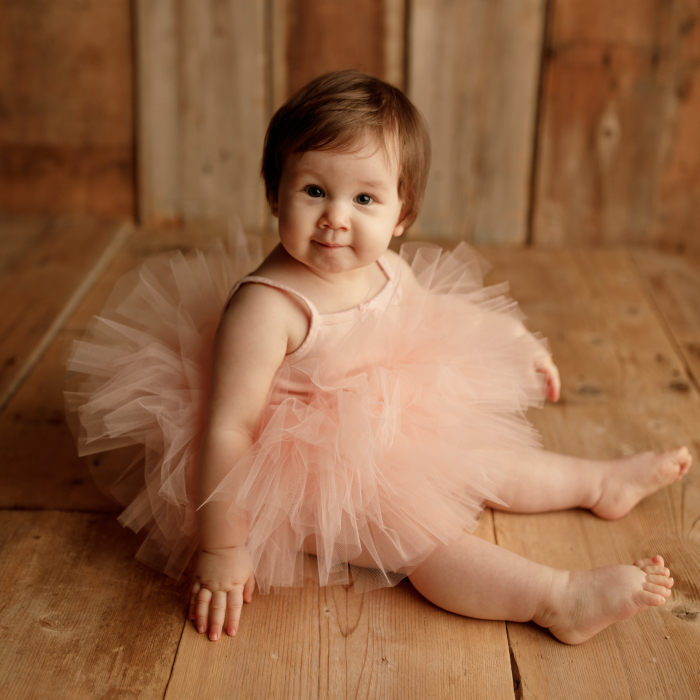 I Gave This Toddler A Photoshoot (11 Pics)