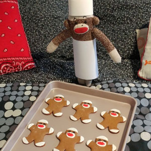 Since Covid Began, I Have Tried To Make My Wife Laugh Every Day By Creating Amusing Situations With A Sock Monkey (60 New Pics)