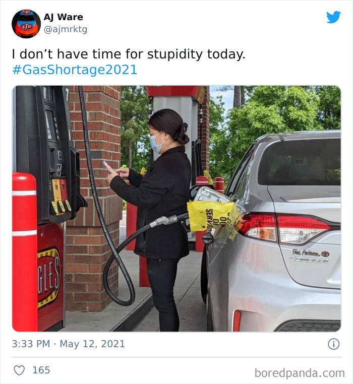 The Bag Is On The Pump Because Its Out Of Service. She Isn't Getting Anything