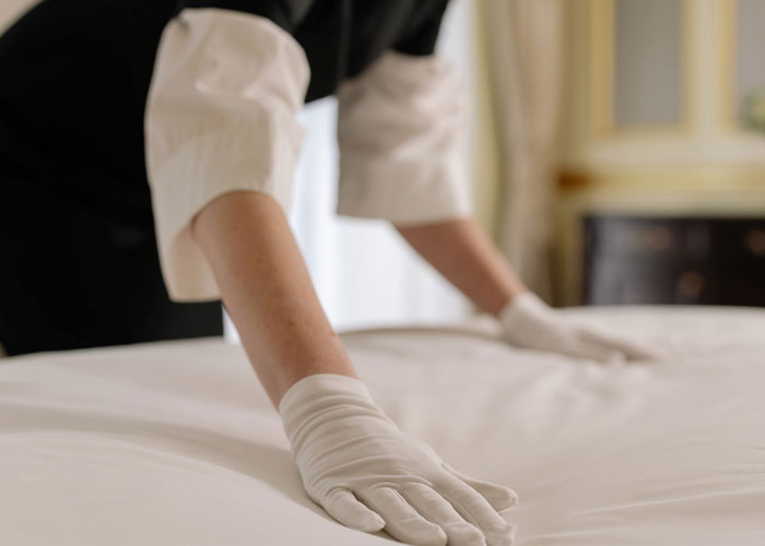 30 Hotel Workers Share What Things They Wish Guests Would Stop Doing, And It's Disgusting That They Have To Deal With Such Things