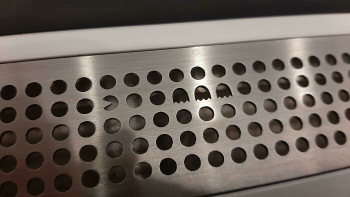 The Air Vents On A Subway In Stockholm Have A Hidden Pacman Easter Egg