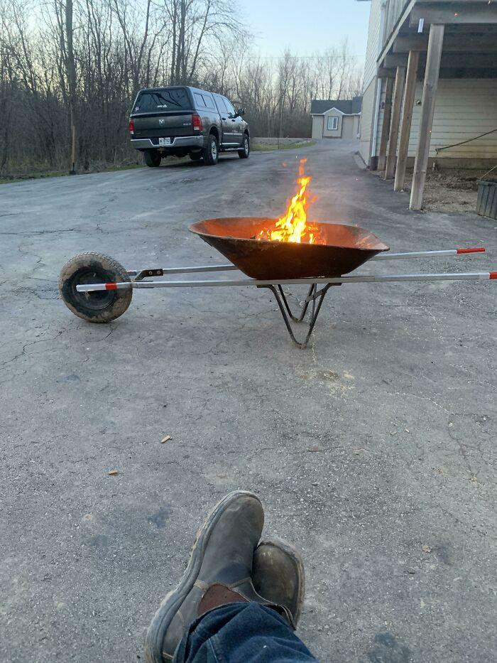 Se incendió el año pasado. Pero este año les presento el fogón portátil 2.0