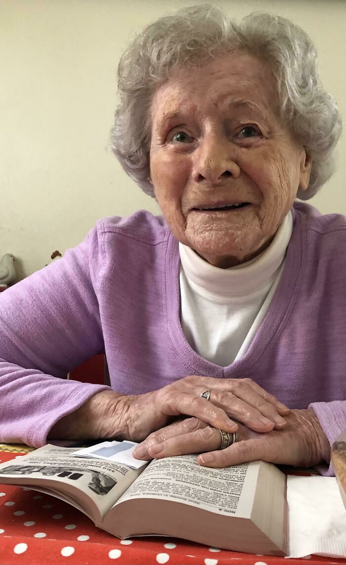 This Is My 98 Year Old Neighbor And Friend. She Is Afraid To Go To Church So Every Sunday I Go Over And Set Her Up To Watch A Livestream Of Mass