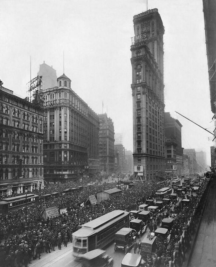 Times Square (1919) antes de todas las renovaciones y vallas publicitarias