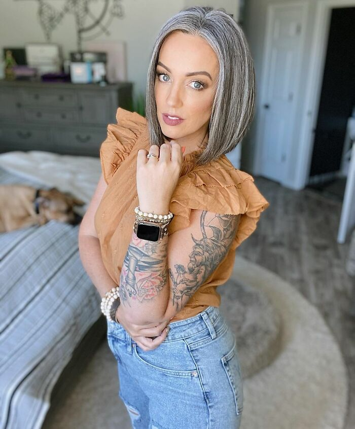 Influencer, 41, Decided To Stop Covering Her Gray Hair After Spending 21k Dollars On Dyeing It
