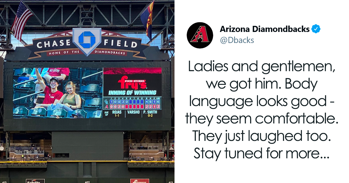 Couple On Date At Baseball Game Go Viral After Roommate Asks Stadium Camera Crew To Check In On Them - bored panda