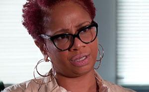 Esta mujer negra consiguió que el valor de su casa aumentara en 100,000$ eliminando obras de arte africanas, fotos familiares e invitando a un amigo blanco durante la tasación