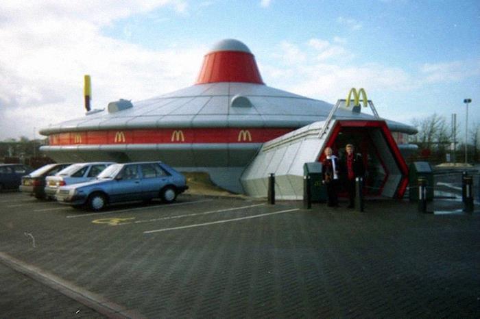 "McDonald's ""OVNI"" en Cambridgeshire, Reino Unido. (1990-2008)"