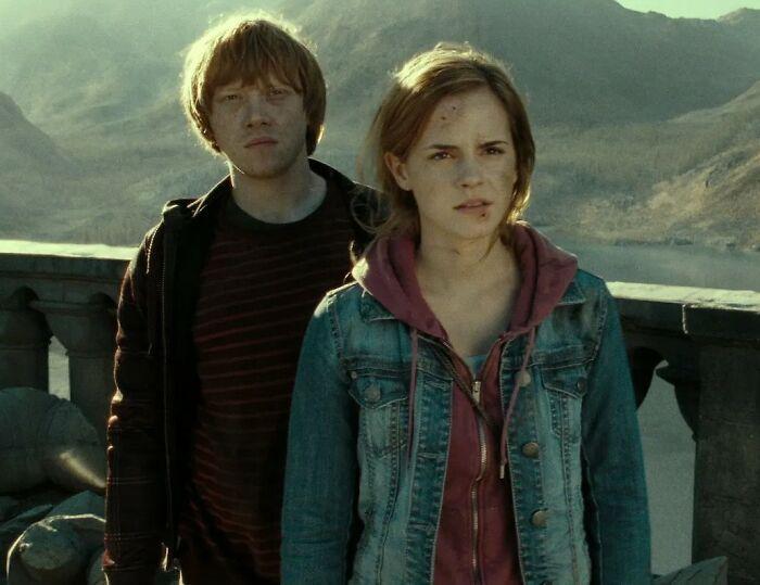 Harry Potter] [Spoilers] Ron Weasley utilizó la maldición Imperius sobre Hermione Granger para que se enamorara de él