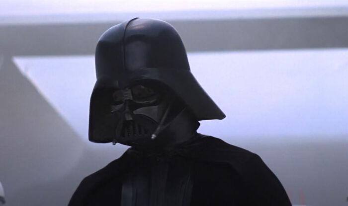 [Star Wars] La razón por la que Darth Vader parece tan inusualmente enfadado al comienzo de Una nueva esperanza (Spoilers de Rogue One)