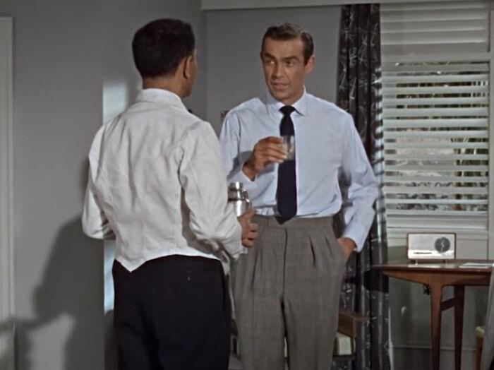 """[James Bond] Por qué Bond pide sus Martinis """"agitados, no mezclados"""""""