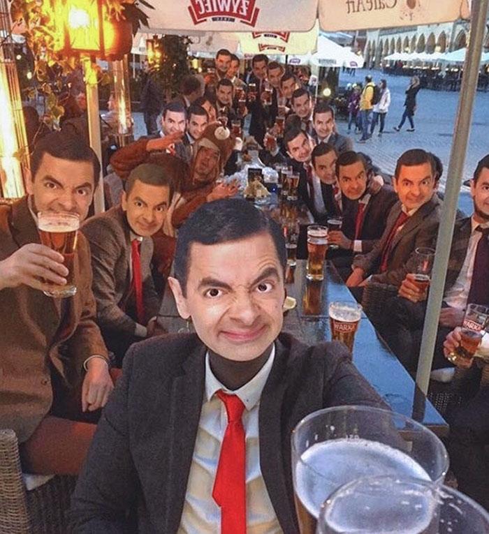 Mi amigo se parece a Mr Bean, así que nos disfrazamos de él para su despedida de soltero en Cracovia