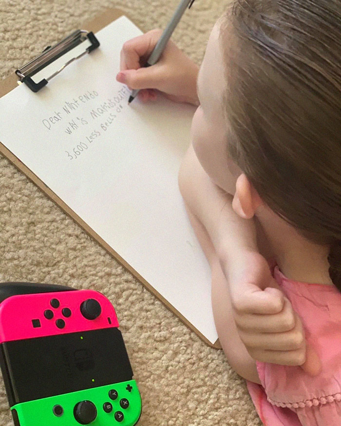 Girl Is Confused About Why Female Clothes Cost More On Animal Crossing, Asks Nintendo For An Explanation
