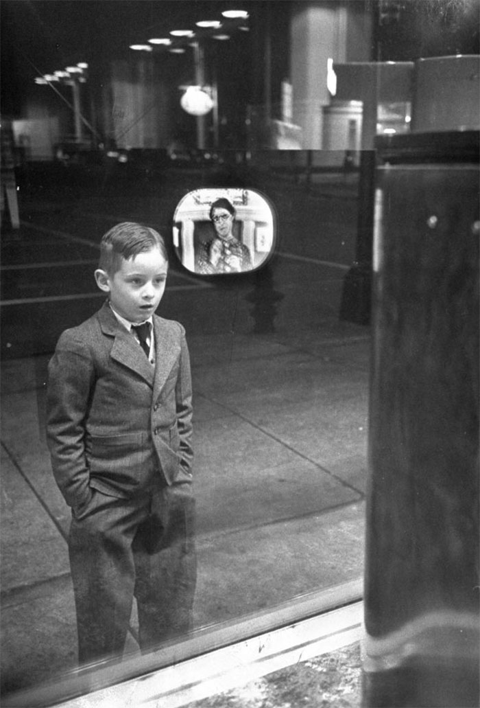 A Boy's Reaction Staring At A TV Screen For The First Time (1948)