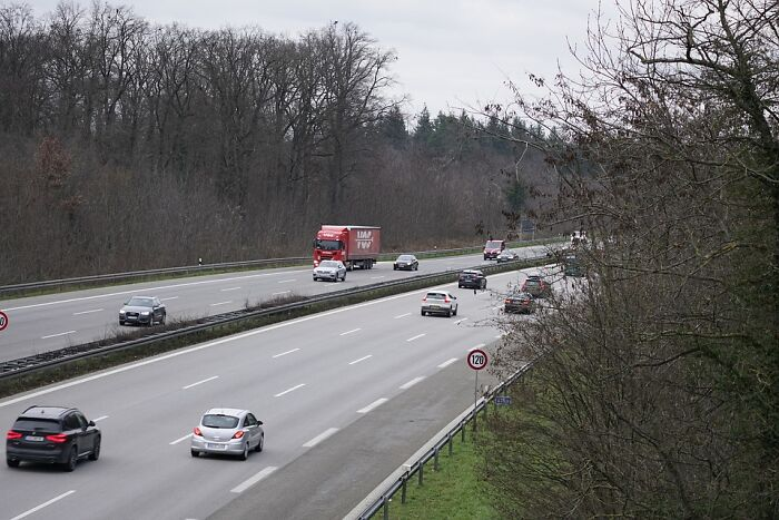 Running Out Of Fuel On The Autobahn Can Lead To A Fine