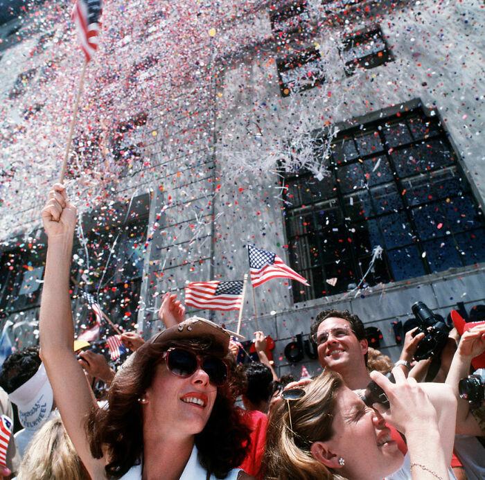 It's Illegal To Toss Non-Biodegradable Plastic Confetti In Mobile, Alabama