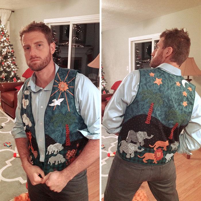 """Mi abuela de 90 años me envió por correo un chaleco hecho por ella para """"llevarlo a las fiestas"""". Es increíble"""