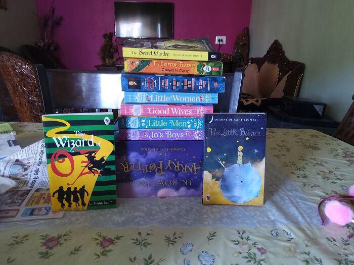 Novels!(I Am A Book Worm Soooo Just Started A Year Ago^-^)