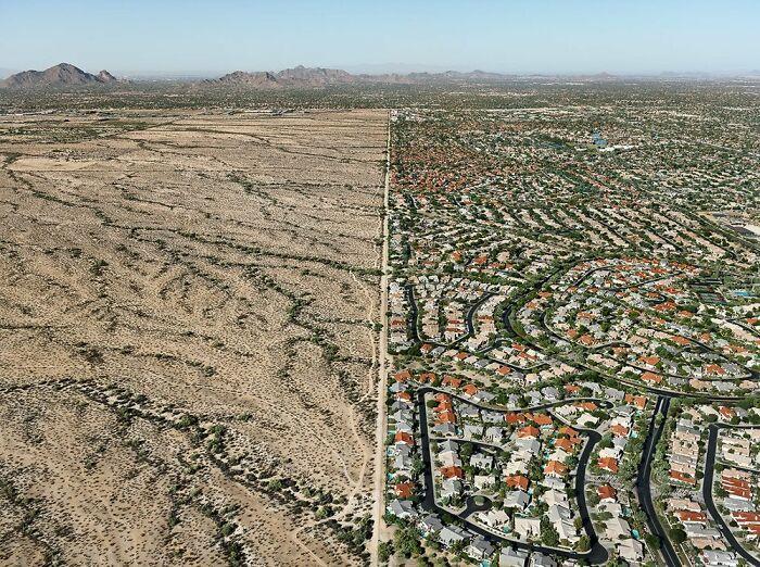 El límite entre Scottsdale, Arizona, EE.UU. y la reserva india de Salt River