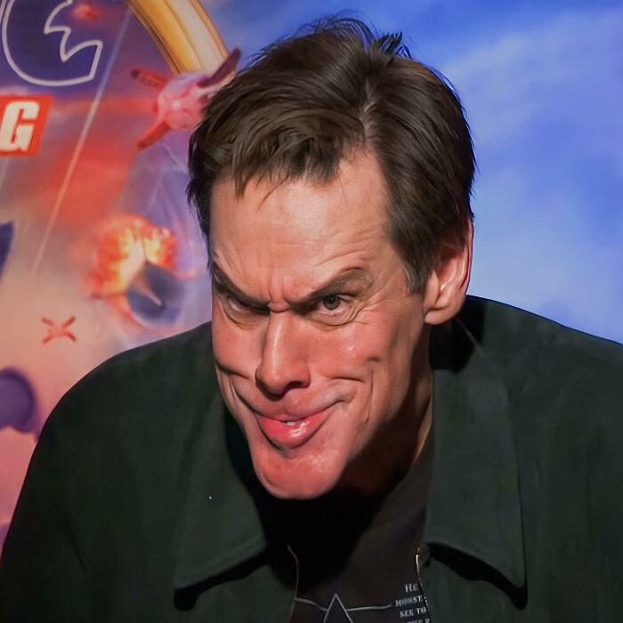 Jim Carey Doing The Grinch Face Without The Use Of Any Makeup