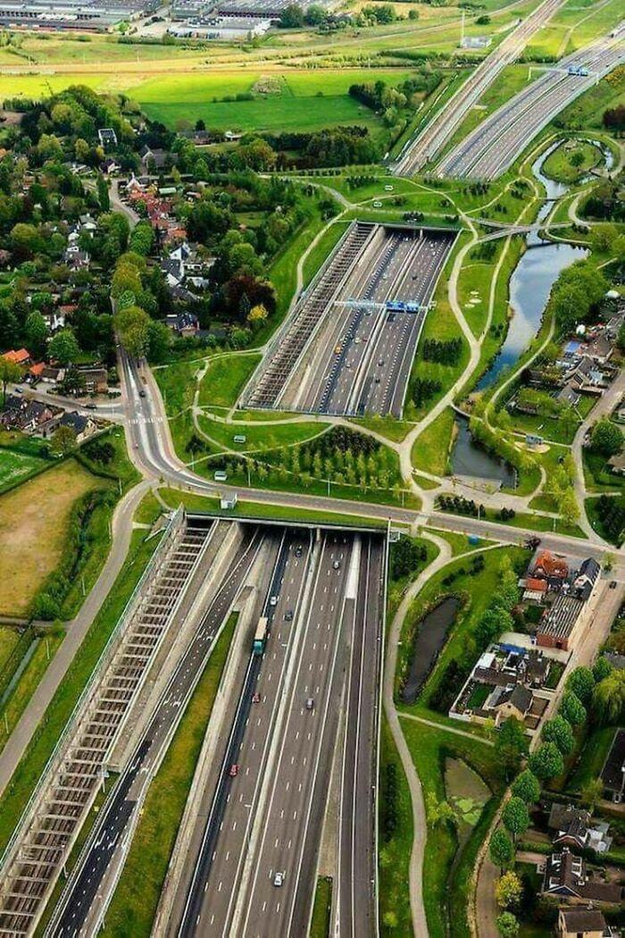 Ecoductos, ferrocarriles, carreteras, caminos... En Breda, Países Bajos