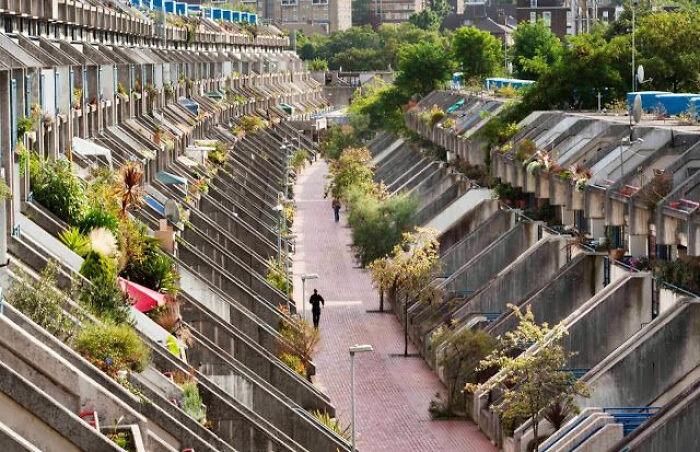 Apartamentos brutalistas en Camden, Londres