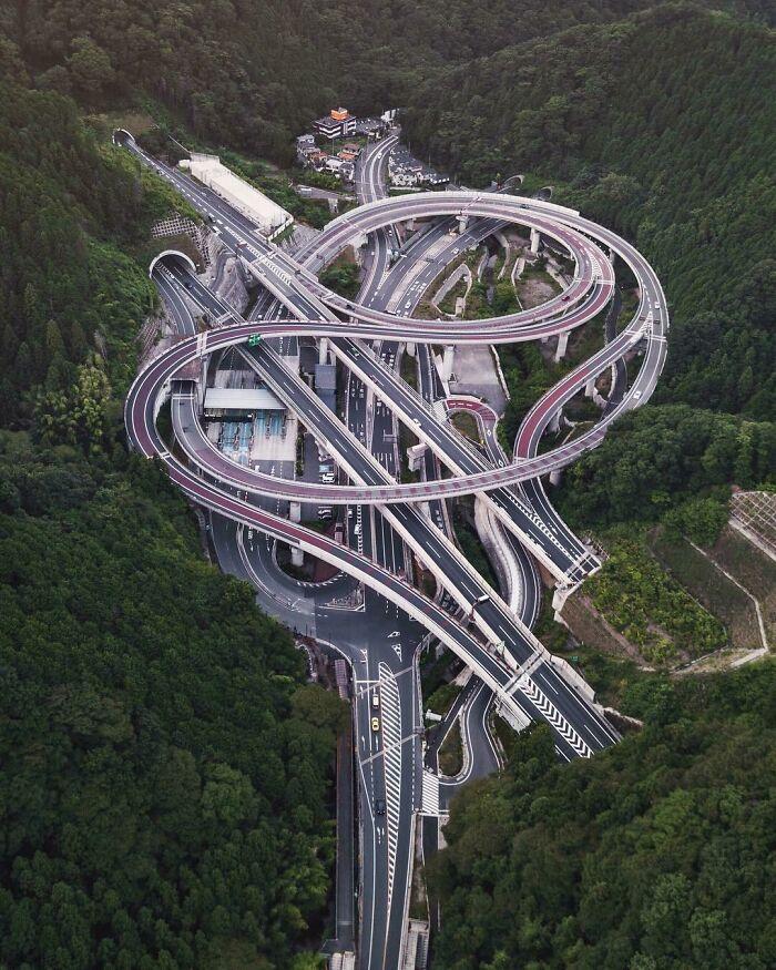 Cruce de autopistas cerca de Tokio