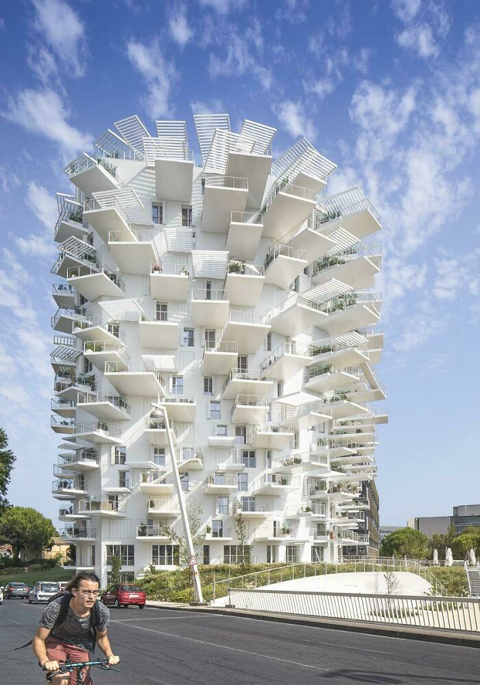 "La torre ""Arbre Blanc"" de Sou Fujimoto en Montpellier, Francia"