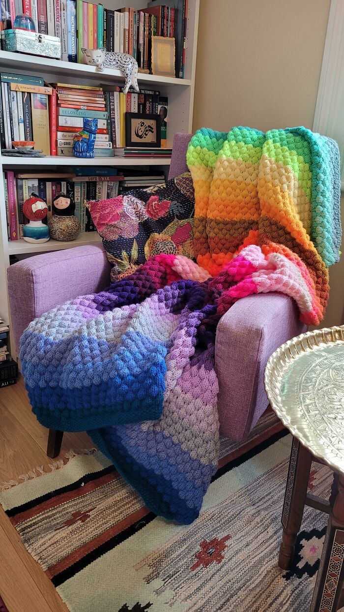 My First Finished Object: A Happy Colours Bubble Stitch Blanket