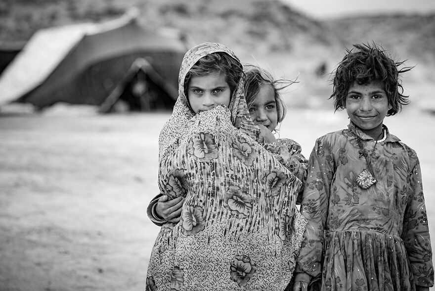 The Children Of Iran's Gypsies: A Lost Childhood