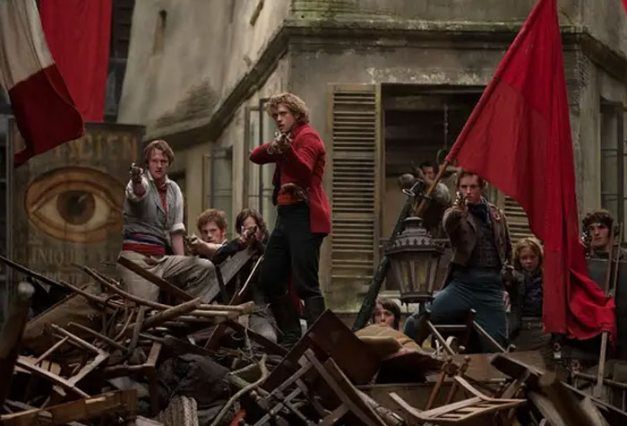To Recreate The Revolutionary Spirit, The Cast Of Les Miserables Were Told To Build A Barricade In 10 Minutes. The Cameras Were Rolling And What They Made Ended Up Being Used In The Final Film